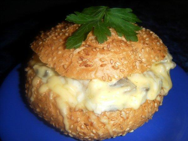 Бутерброды из булочек в духовке рецепты 27